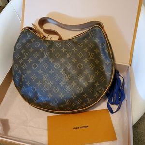 💋Authentic Louis Vuitton monogram croissant bag💋
